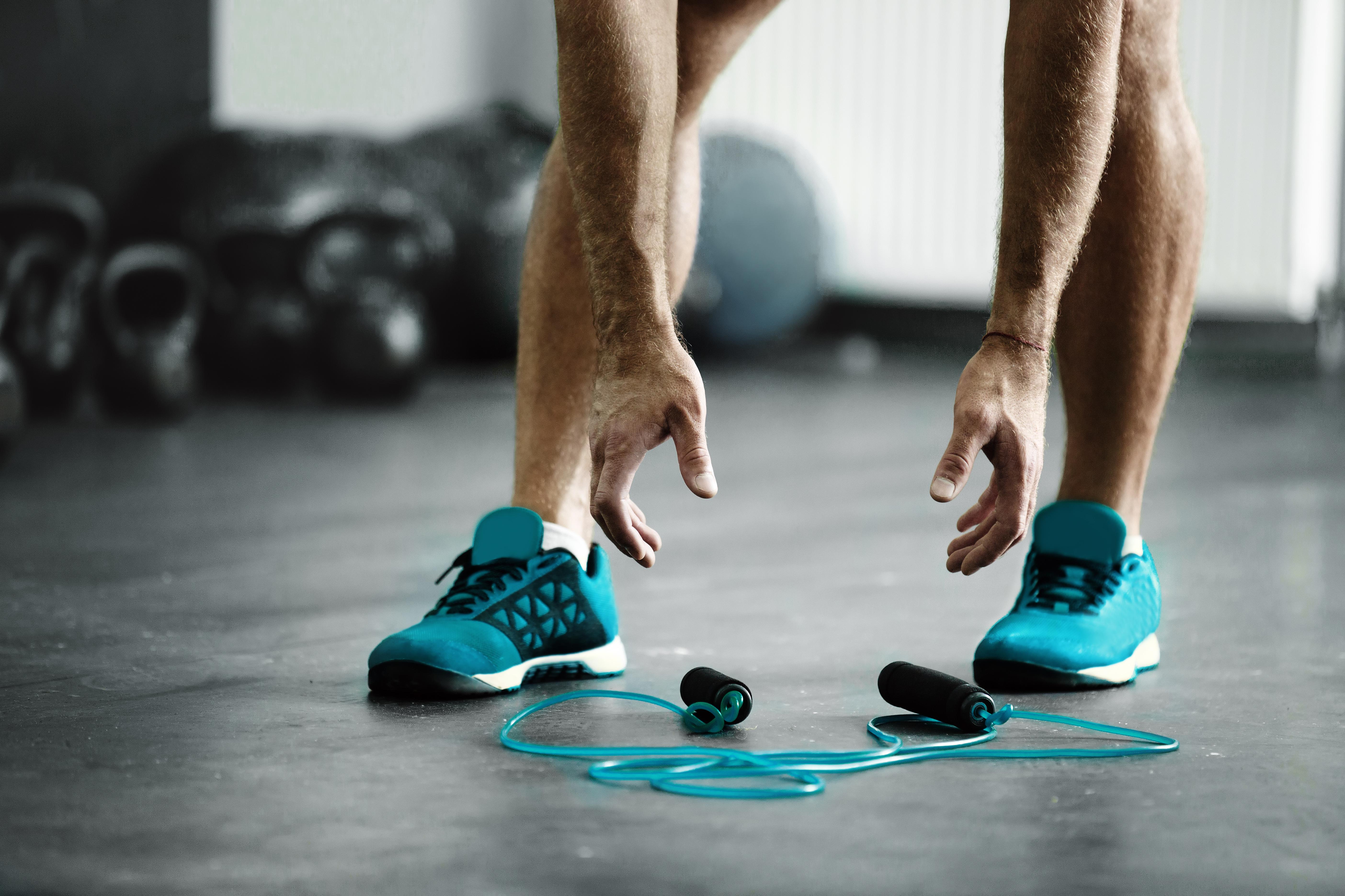 La corde à sauter, un sport efficace pour brûler les graisses